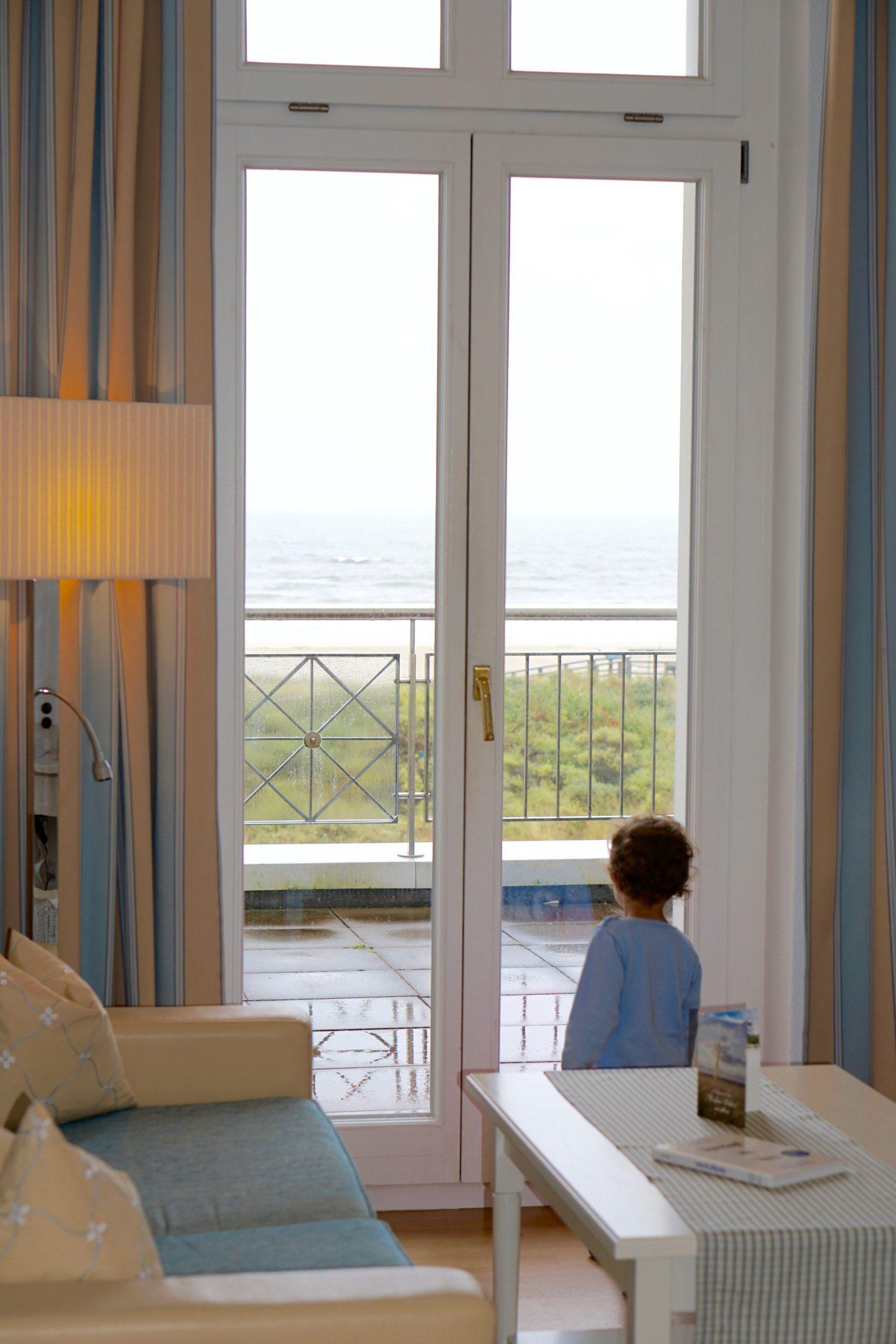 das-weisse-schloss-am-meer-strandhotel-kurhaus-juist27