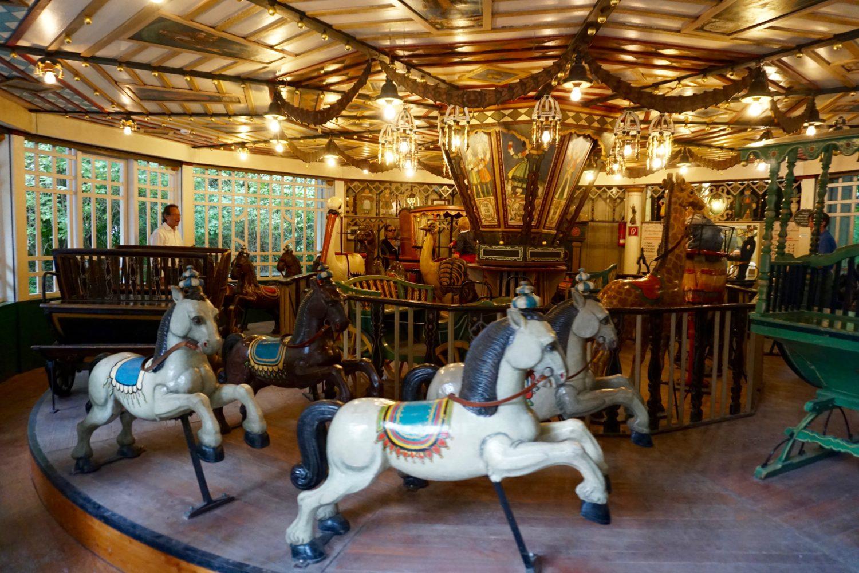unsere-liebsten-spielplaetze-muenchen-spielplatz-chinesischer-turm-carousel