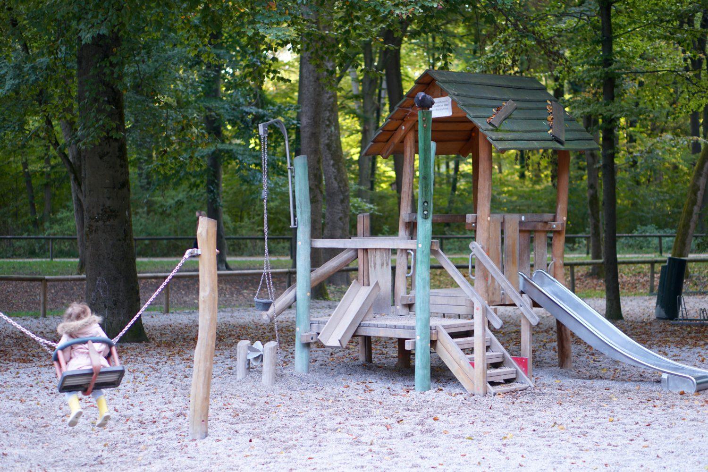 unsere-liebsten-spielplaetze-muenchen-spielplatz-chinesischer-turm-kleinkindbereich
