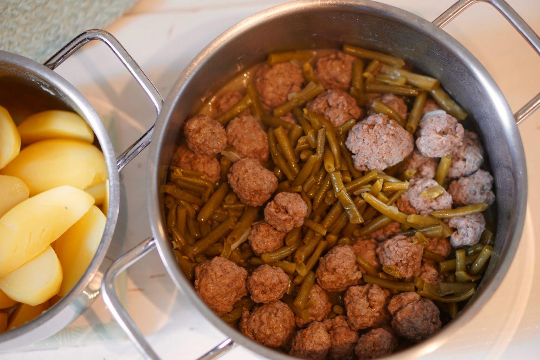 Brechbohnen mit Hackbällchen & Kartoffeln - Susamamma's Rezepte, FERTIG