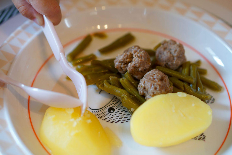 Brechbohnen mit Hackbällchen & Kartoffeln - Susamamma's Rezepte, auch den kleinsten schmeckt's.