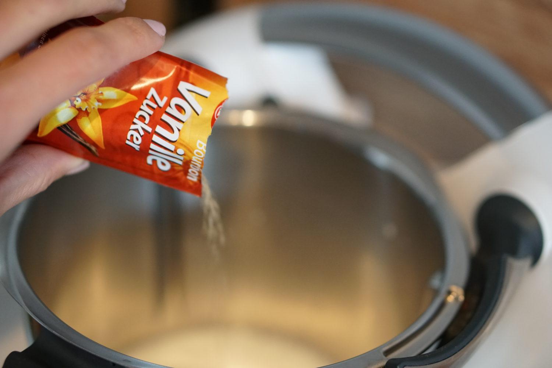 Süße Pfannkuchen - Susamamma's Rezepte, 1/2 Päckchen Vanillezucker