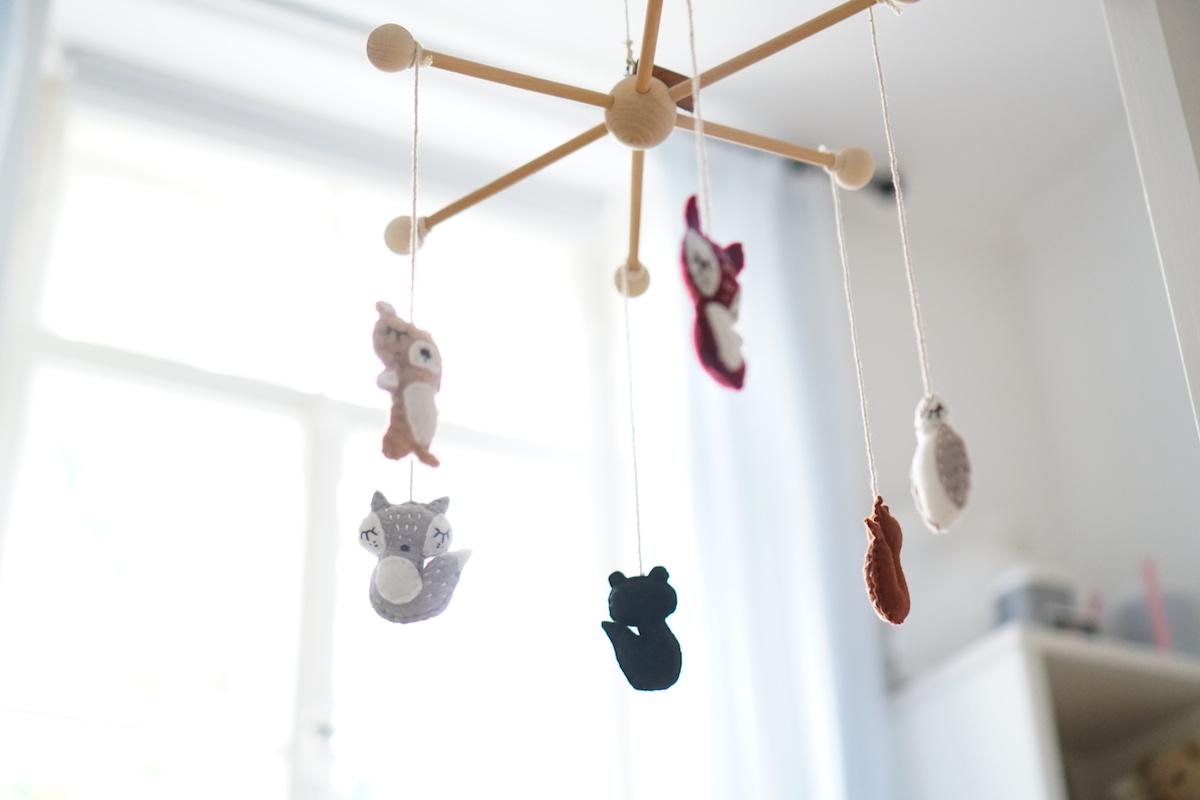 Das Geschenk zur Geburt + 3 Baby & Kind Shop Empfehlungen - Mobile von Made by Migge