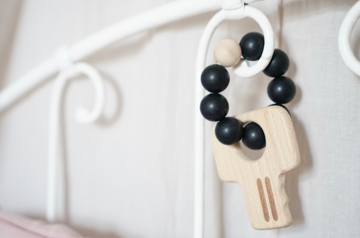Das Geschenk zur Geburt + 3 Baby & Kind Shop Empfehlungen - Schlüssel für Babys von LOVEM