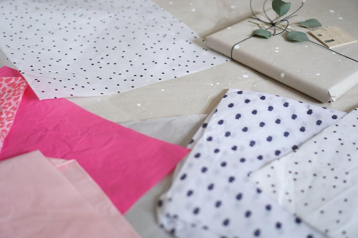 geschenke verpacken kreativ geschenke verpacken und. Black Bedroom Furniture Sets. Home Design Ideas