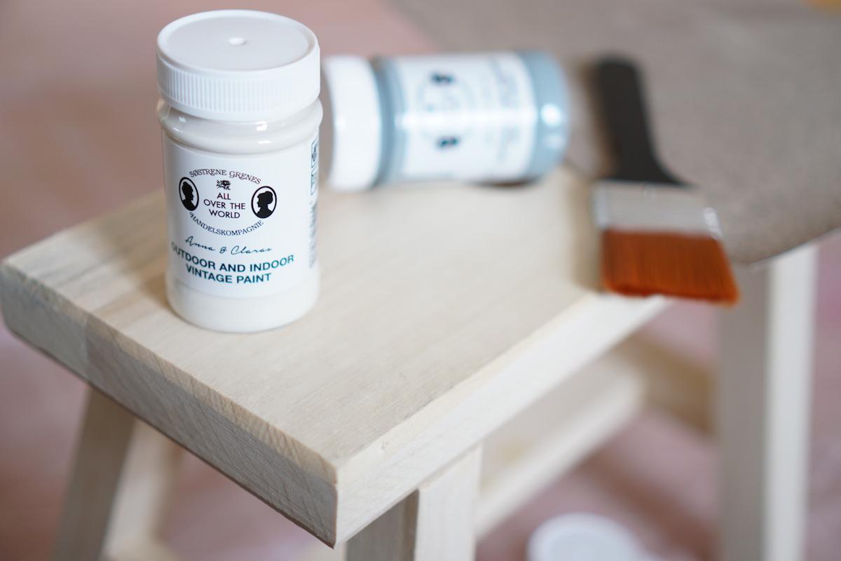 DIY Hocker pimpen & wie der Schemel zum Einsatz kommt Søstrene Grene Vintage Weiß Outdoor and Indoor