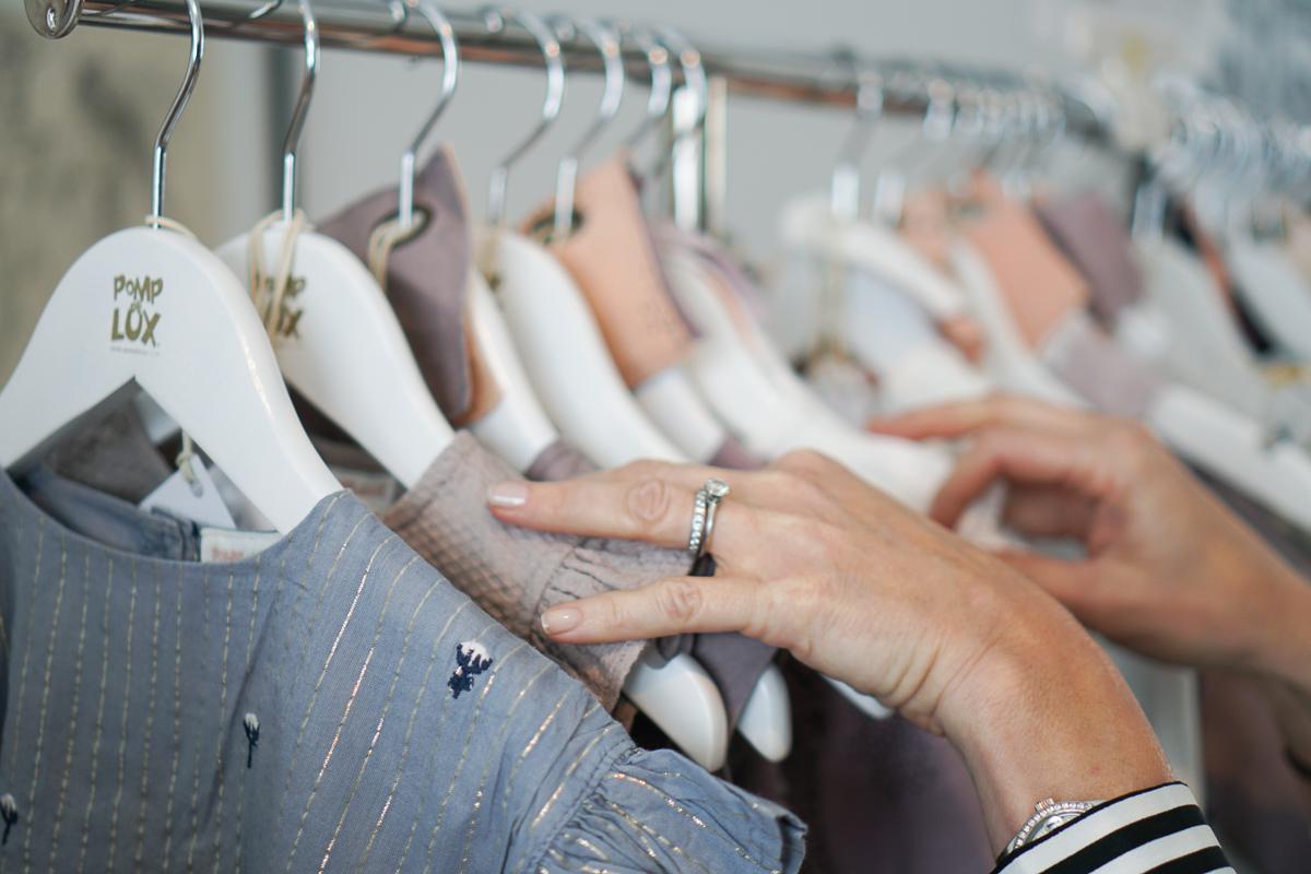 Homeshopping Kinderkleidung von POMPdeLUX - Interview mit Shopping Advisor Victoria Haller, die Qual der Wahl
