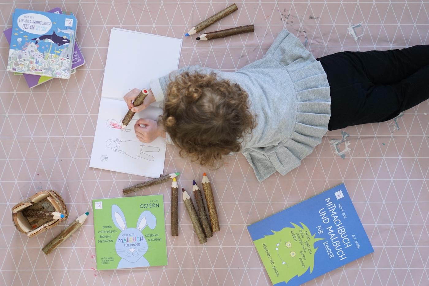 Malen und Lesen mit Vicky Bo Malen Flatlay