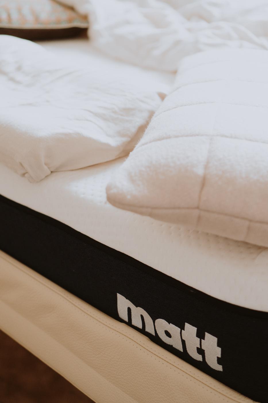 Schlafen ist schön. Matt Sleeps - Eine Matratze für jeden Schlaftyp, Matt Detail