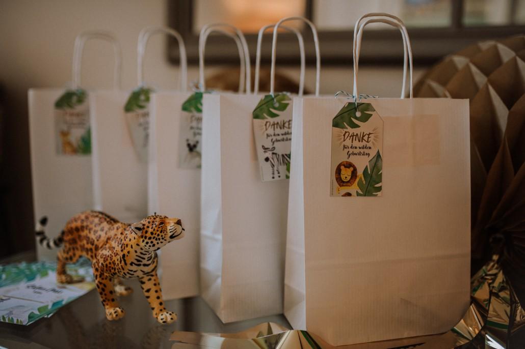 Mottogeburtstag: LET'S GET WILD - Minnies 4. Geburtstag in a box Goodiebag