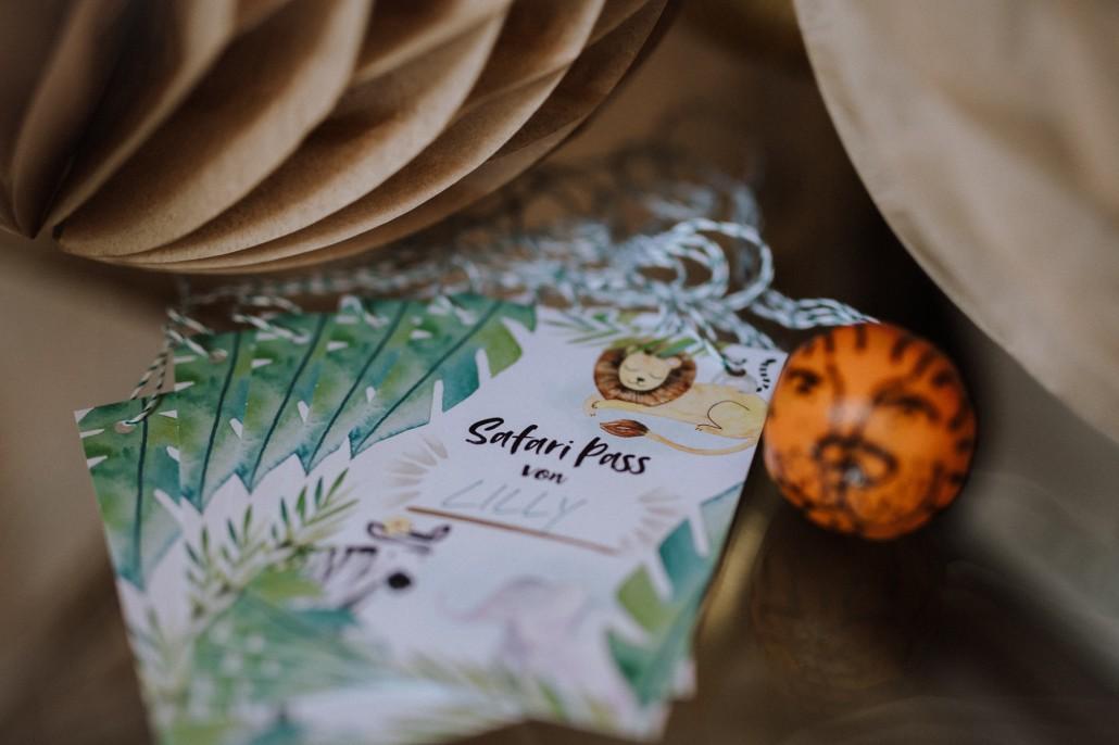 Mottogeburtstag: LET'S GET WILD - Minnies 4. Geburtstag in a box Safaripass