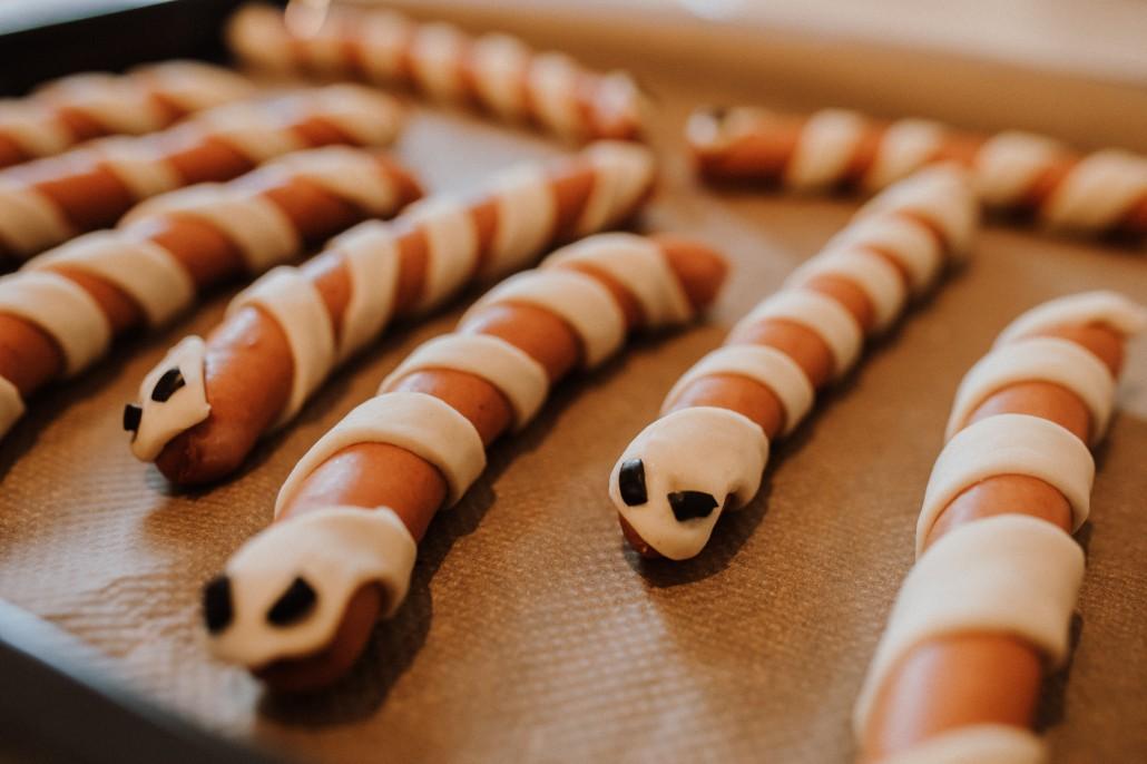 Mottogeburtstag: LET'S GET WILD - Minnies 4. Geburtstag in a box Hot Dog Schlangen