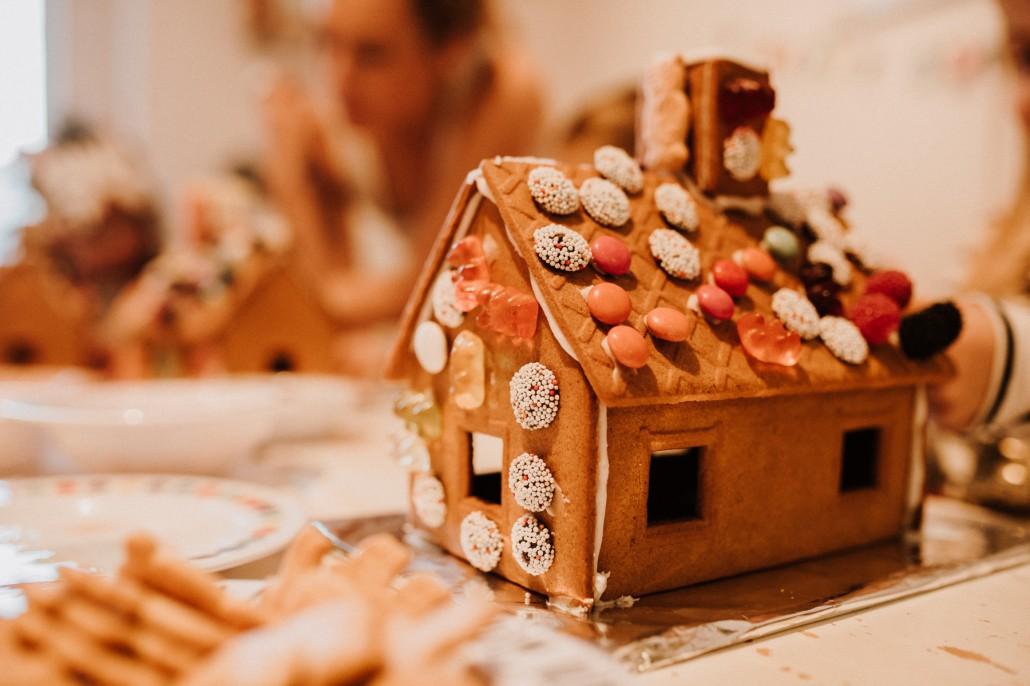 Mottogeburtstag: LET'S GET WILD - Minnies 4. Geburtstag in a boxDetail Haus