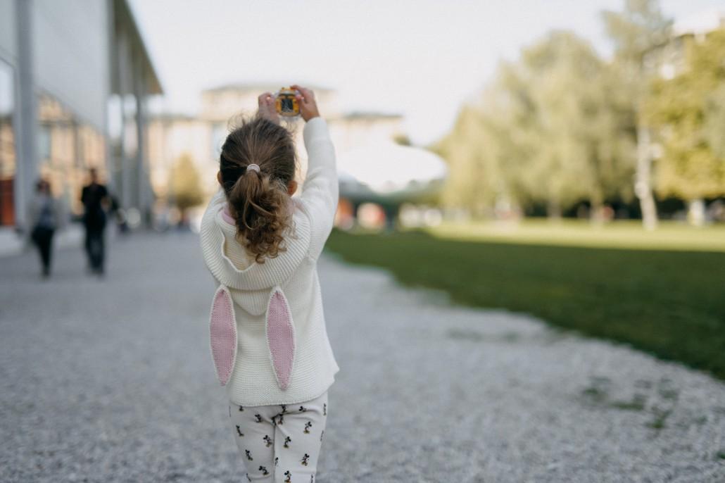 Von #cameramama zu Kamera, Mama! - Kinderkamera kidizoom vtech Minnie von hinten