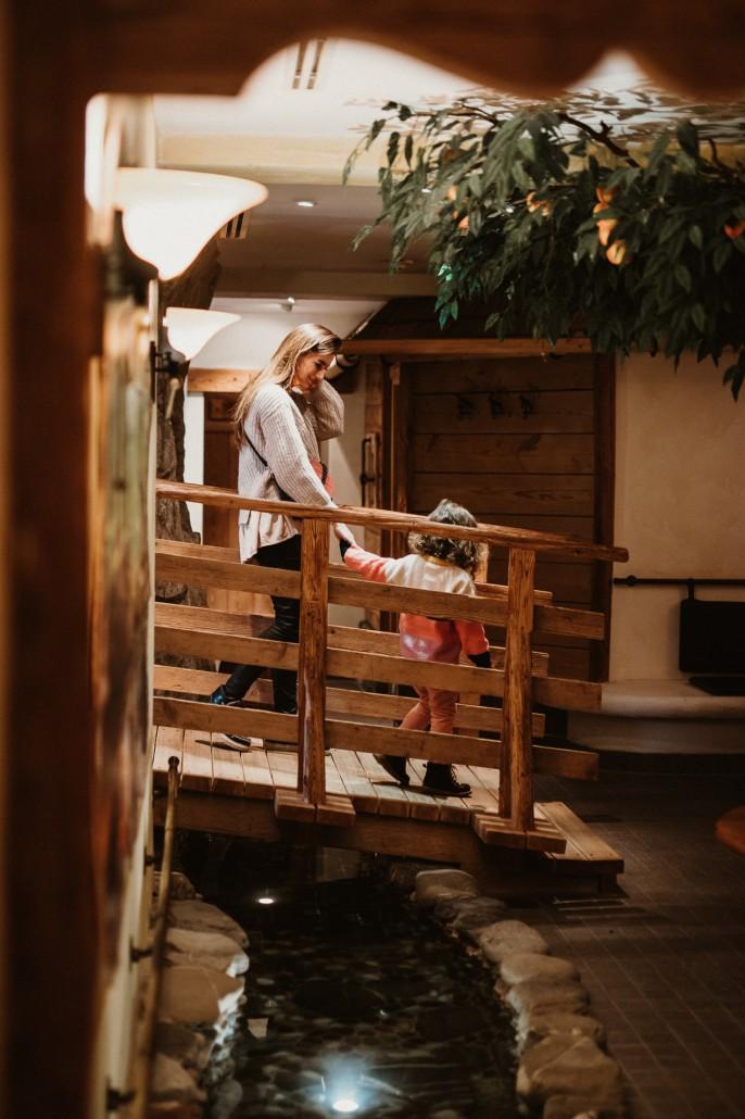 Ein Familienwochenende in Oberstdorf Kleinwalsertal Hotel Erlebach Wellnessbereich-min