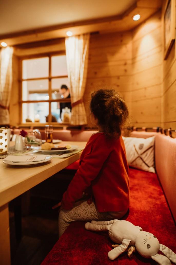 Ein Familienwochenende in Oberstdorf Kleinwalsertal Minnie im Hotel Viktoria Essen